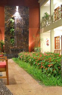 Hoteles en puerto iguaz lado argentino hotel jardin de iguaz - Hotel jardin iguazu ...